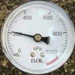 タイヤ空気圧ゲージ