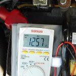 バッテリー点検(端子間電圧測定)